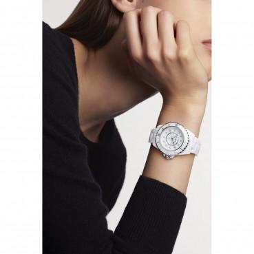 Chanel J12 33 mm